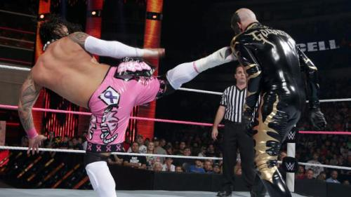 HIAC tag match superkick