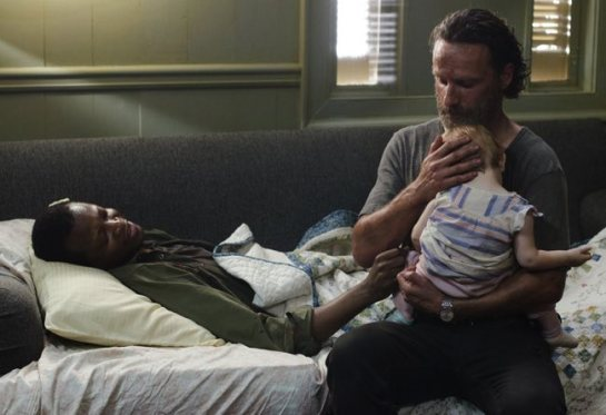 The Walking Dead Four Walls and a Roof- Bob, Rick and Judith