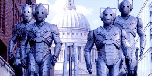 Doctor Who Dark Water- Cybermen in London