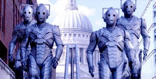 Doctor Who Dark Water- Cybermen in London