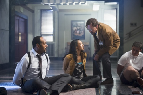 The Flash 1x7 Joe, Iris and the time guy
