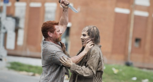 The Walking Dead 5x5 Abraham and zombie
