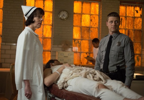 Gotham mid season premiere- Arkham Asylum hospital wing