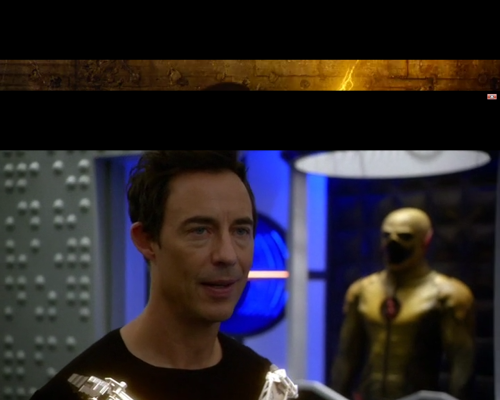 The Flash 1x11 Wells with machine and Reverse Flash suit