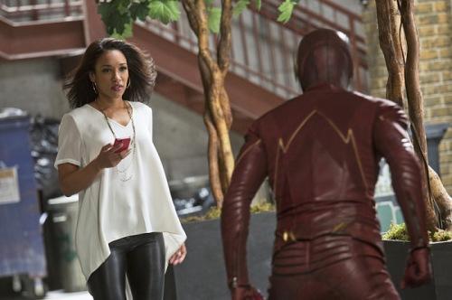 the-flash-season-1-episode 12 The Flash and Iris