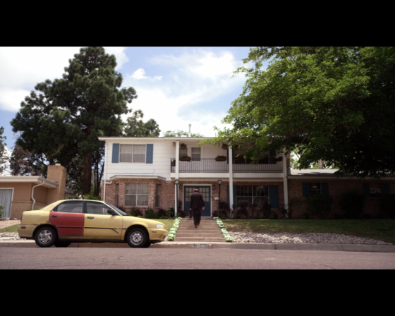 Better Call Saul season 1 episode 5 Saul entering a house