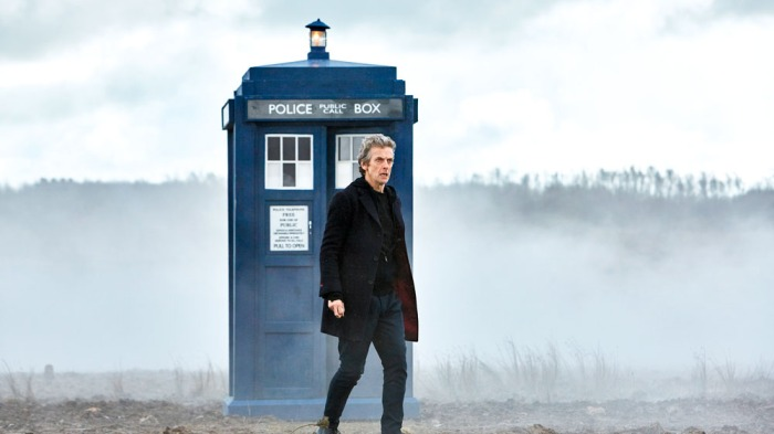 Doctor Who season 9 episode 1-The Doctor on the battlefield