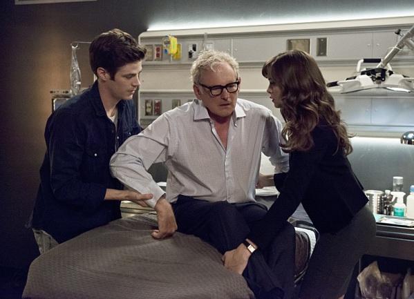 The Flash season 2 episode 4 Doctor Stein, Snow, Allen