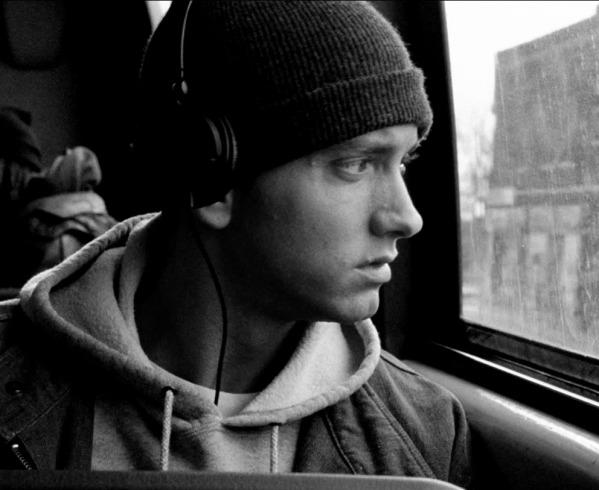 Eminem-michael58-30629860-992-813