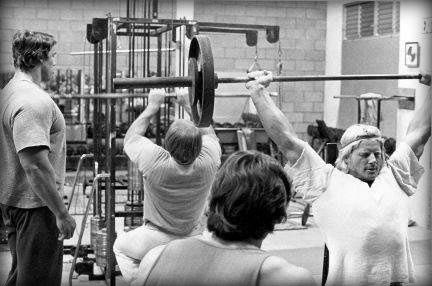 golden-age-legends-part-3-joe-gold-social-scene-golds-gym_a